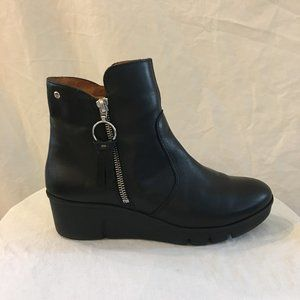 "Pikolinos ""Olmo"" Wedge Ankle Bootie  38/7.5-8"